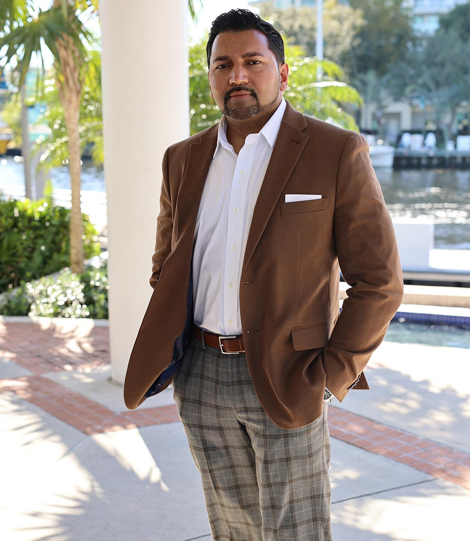 Portrait Neil V. Singh Attorney